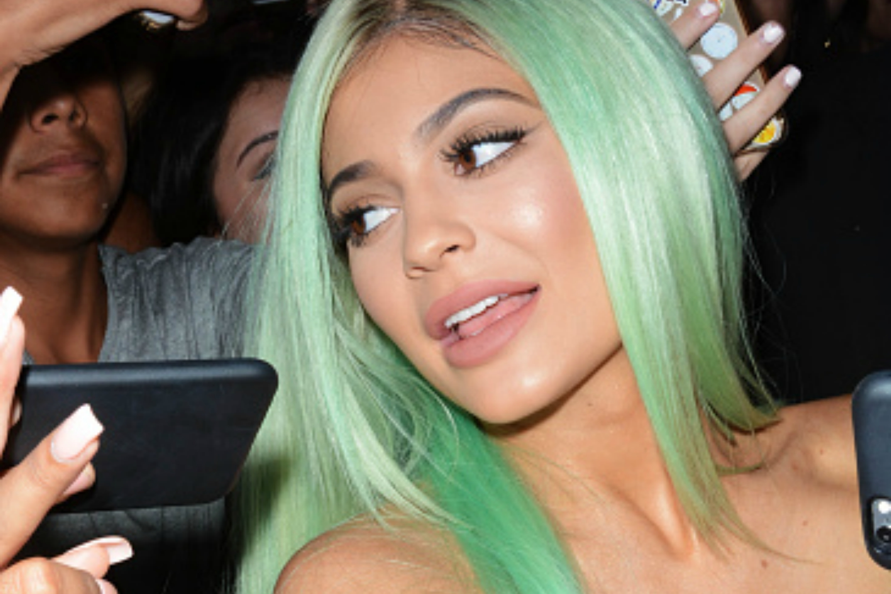 Kylie Jenner Got Her Wig Snatched At A Chris Brown Concert