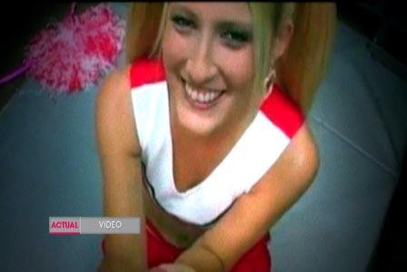 Amanda Logue nude 398