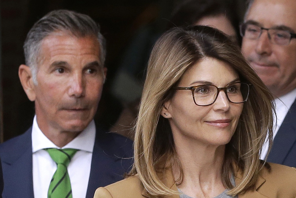 John Stamos Weighs In On Lori Loughlin College Bribery Case: 'It Doesn't Make Sense'