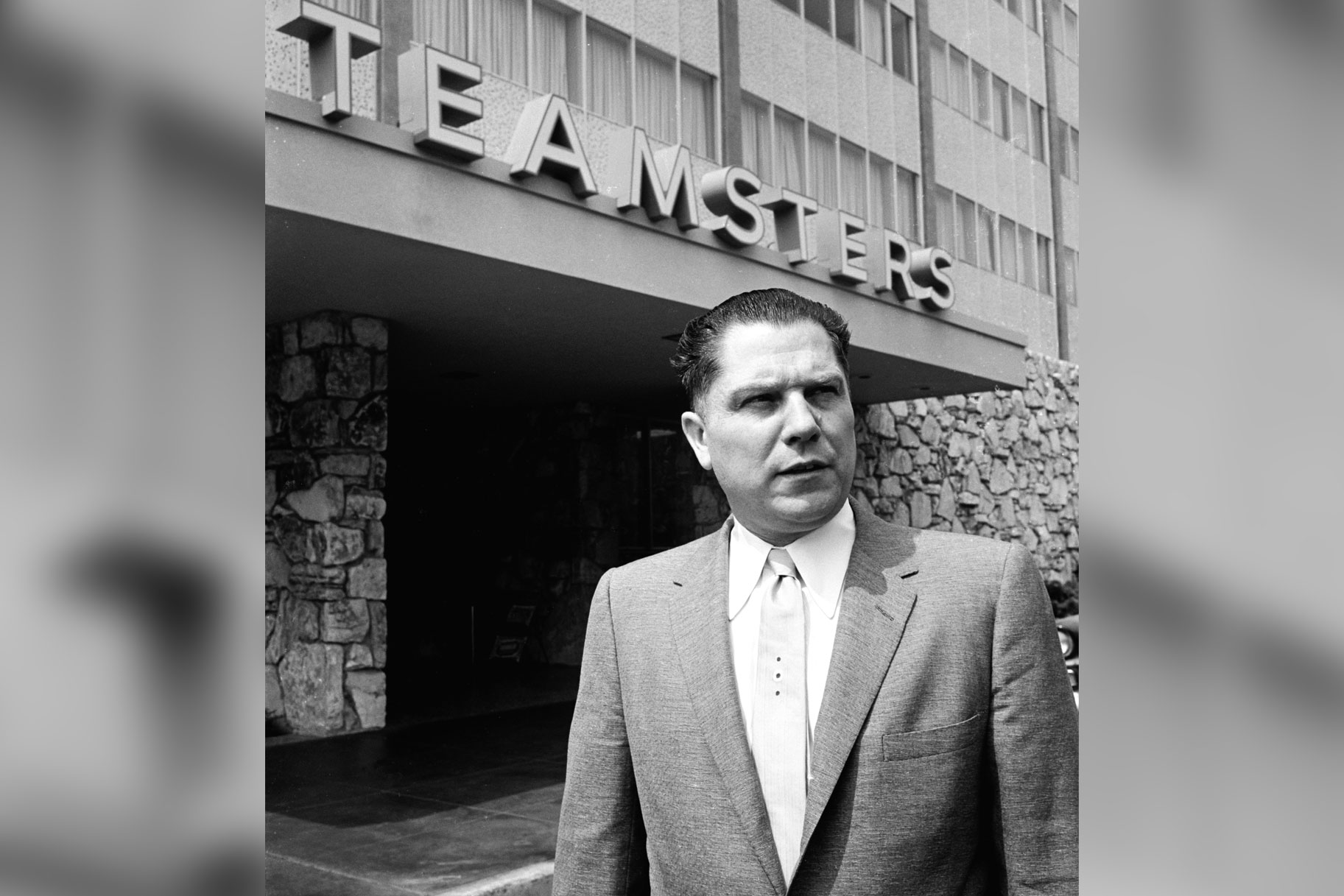 The Irishman': What Are Teamsters, Connection To Jimmy Hoffa ...