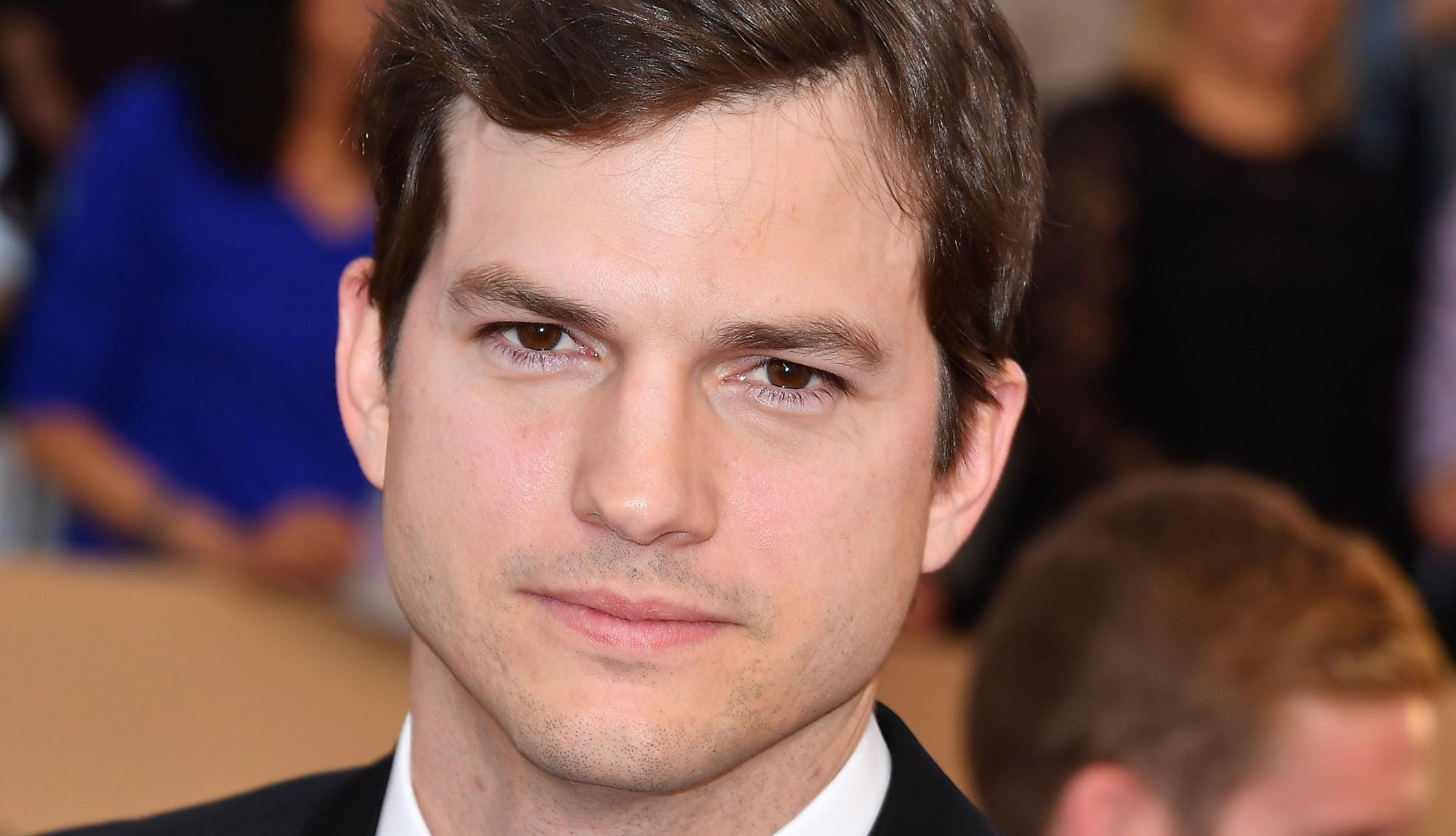 Ashton Kutcher To Test...