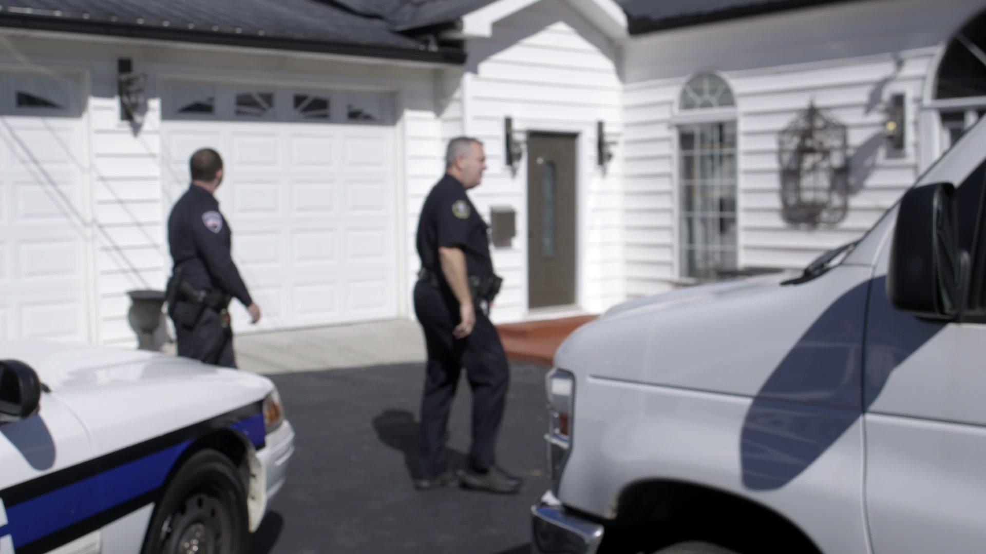 Snapped: Police Find Body Decomposing in Victim's Garage (Season 24, Episode 22)