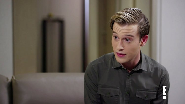 "Smiley Face Killers: Tommy Booth's Mother Meets with Tyler Henry of ""Hollywood Medium"""