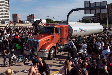 Truck Crowd Protest Minneapolis 1 G