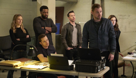Chicago P D ' Cast: Surprising Shows The Actors Have Been In | Crime
