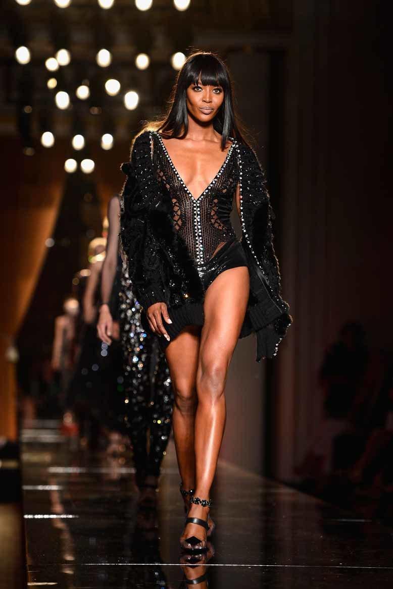 Pin by Lisa on fashion | Naomi campbell, 90s runway