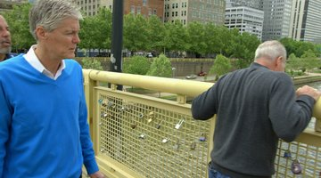 Smiley Face Killers Bonus 101: Retired NYPD Detectives Revisit the Roberto Clemente Bridge
