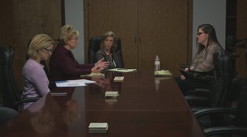Cold Justice Bonus: Kelly Siegler Meets with Kay McCoy's Daughter (Season 5, Episode 16)