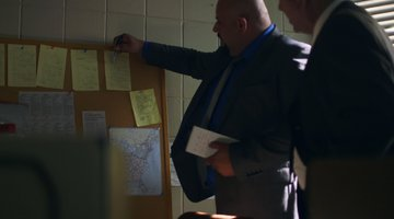 Homicide for the Holidays Sneak Peek 201: Prime Suspects