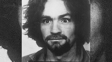 "Former Profiler John Douglas Describe How Charles Manson Attracted Followers: ""They Worshipped Him"""